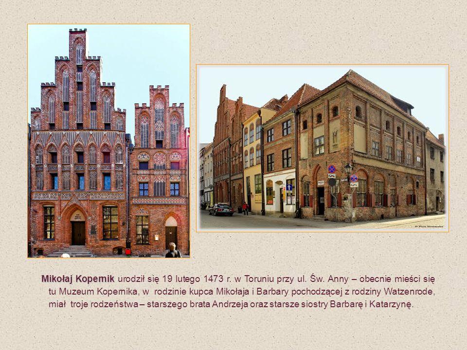 Frombork - mury obronne z gankami, po prawej Wieża Kopernika Pod koniec sierpnia 1521 r.