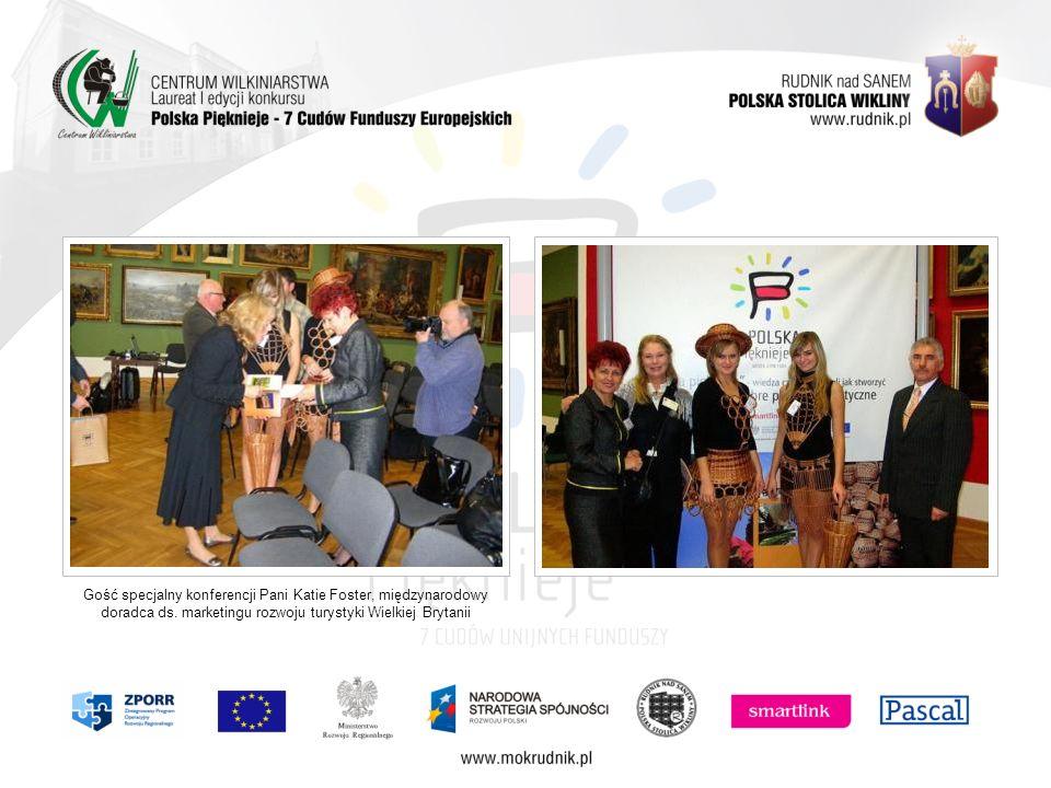 Gość specjalny konferencji Pani Katie Foster, międzynarodowy doradca ds. marketingu rozwoju turystyki Wielkiej Brytanii