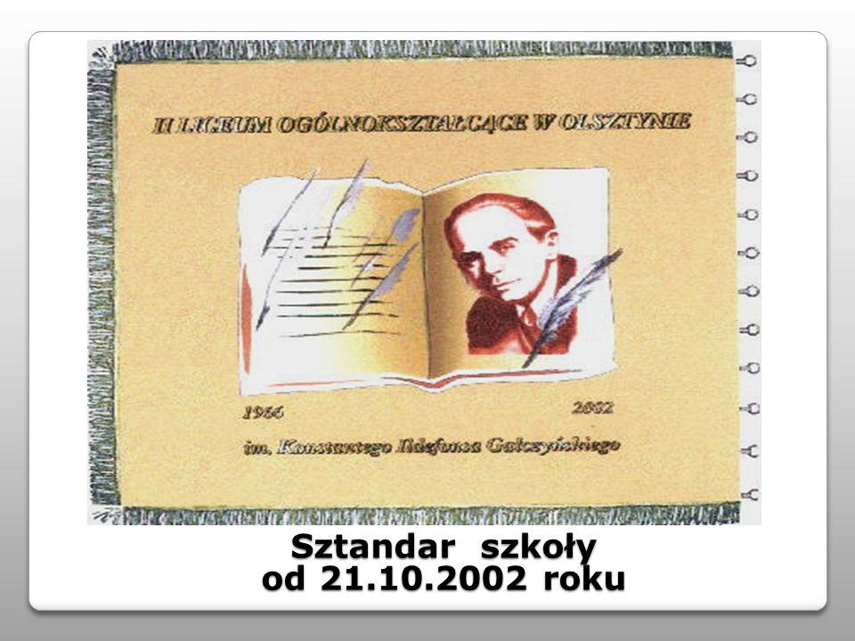 Sztandar szkoły od 21.10.2002 roku