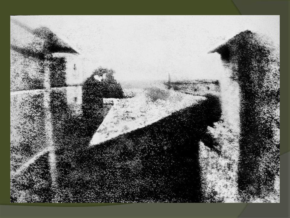 Warci uwagi fotograficy Francis Frith – zdjecia z podróży na Bliski Wschód Auguste Bisson – pierwsze zdjęcie ze widoku ze szczytu Mont Blanc Gustave le Grey – dobrze oświetlone zdjęcie morza i nieba Roger Fenton – pierwszy fotoreporter prasowy (wojna krymska)