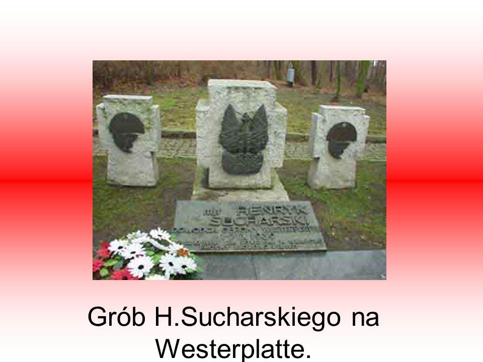 Grób H.Sucharskiego na Westerplatte.