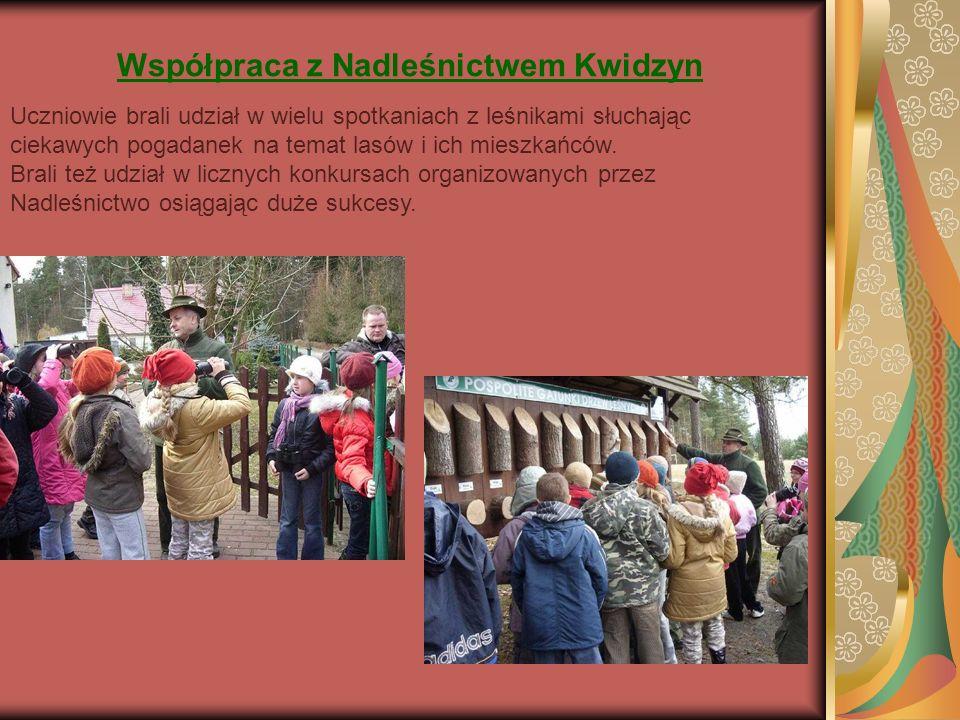 Współpraca z Nadleśnictwem Kwidzyn Uczniowie brali udział w wielu spotkaniach z leśnikami słuchając ciekawych pogadanek na temat lasów i ich mieszkańców.