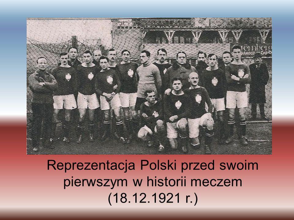 Reprezentacja Polski przed swoim pierwszym w historii meczem (18.12.1921 r.)