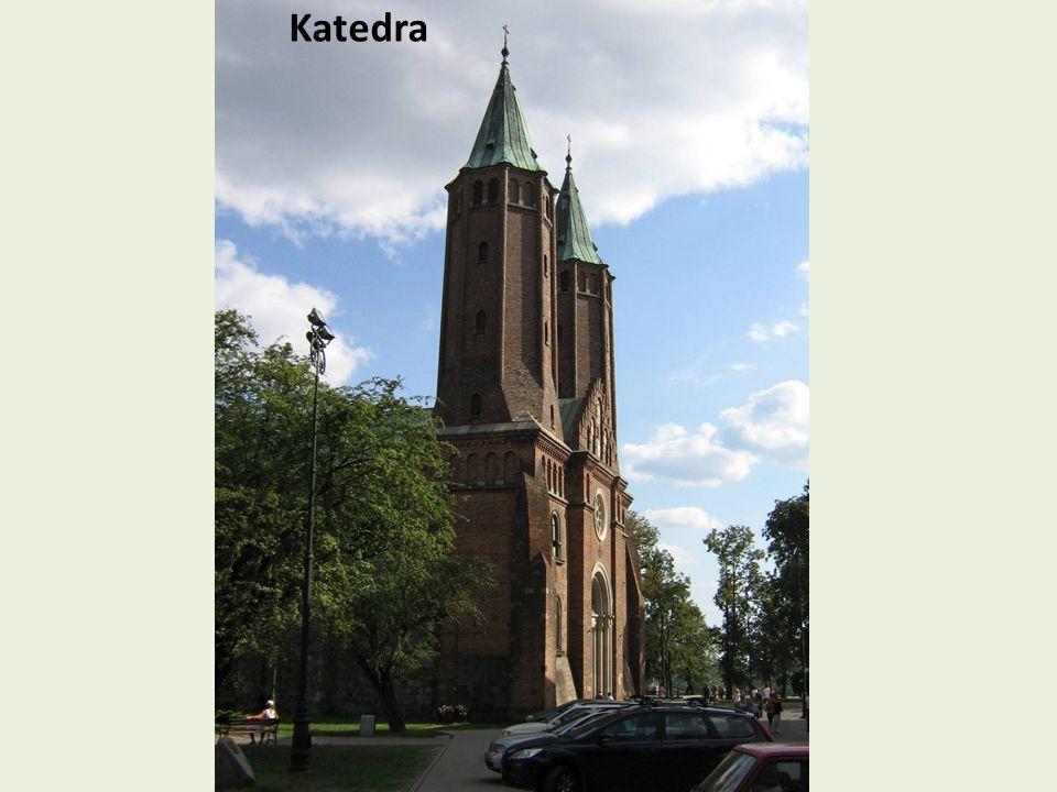Kościół Farny św.Bartłomieja Początki kościoła sięgają roku 1456, kiedy to w uroczystości św.