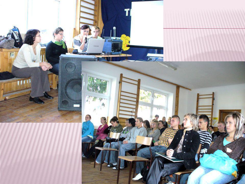 Dziewiątego października odbyło się w naszej szkole spotkanie, na którym przedstawiliśmy naszą prezentację. Pokaz poprzedziła prelekcja o Theodorze Kü
