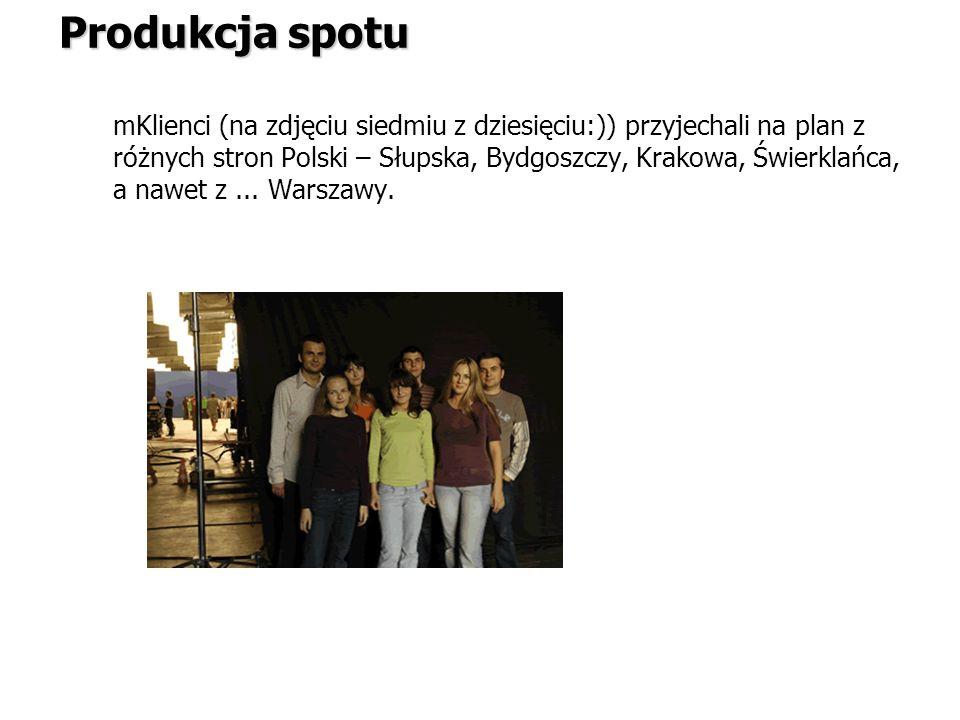 mKlienci (na zdjęciu siedmiu z dziesięciu:)) przyjechali na plan z różnych stron Polski – Słupska, Bydgoszczy, Krakowa, Świerklańca, a nawet z... Wars