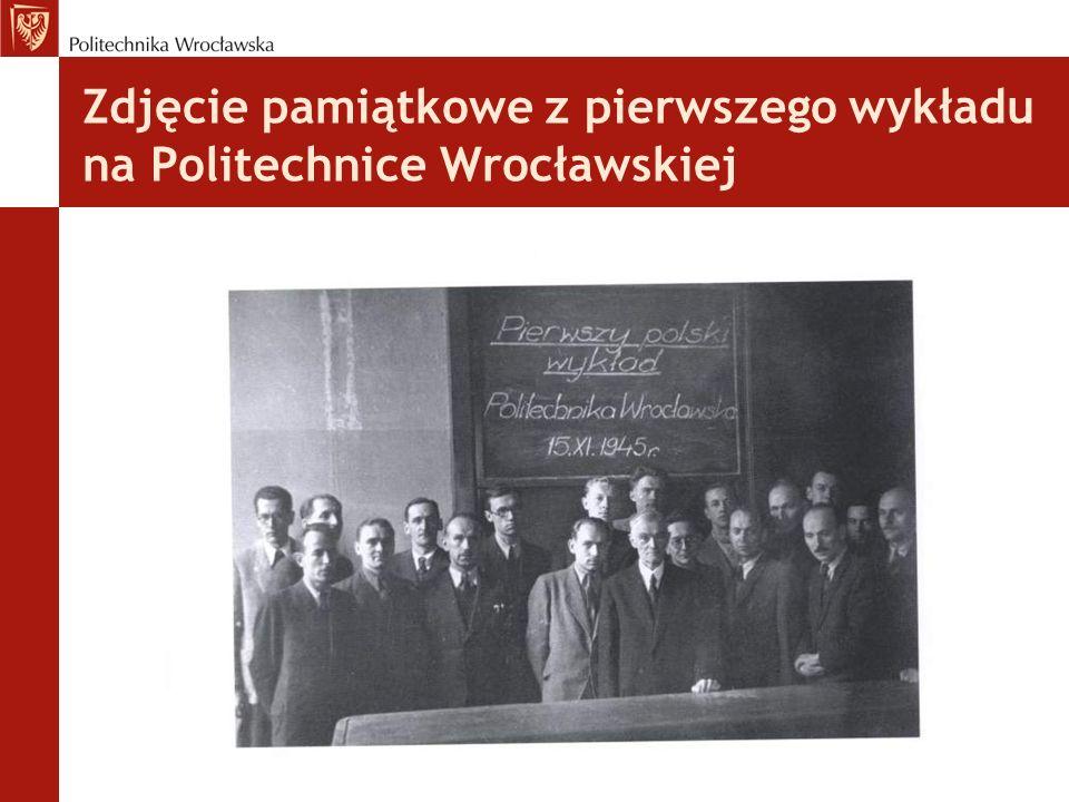 Zdjęcie pamiątkowe z pierwszego wykładu na Politechnice Wrocławskiej