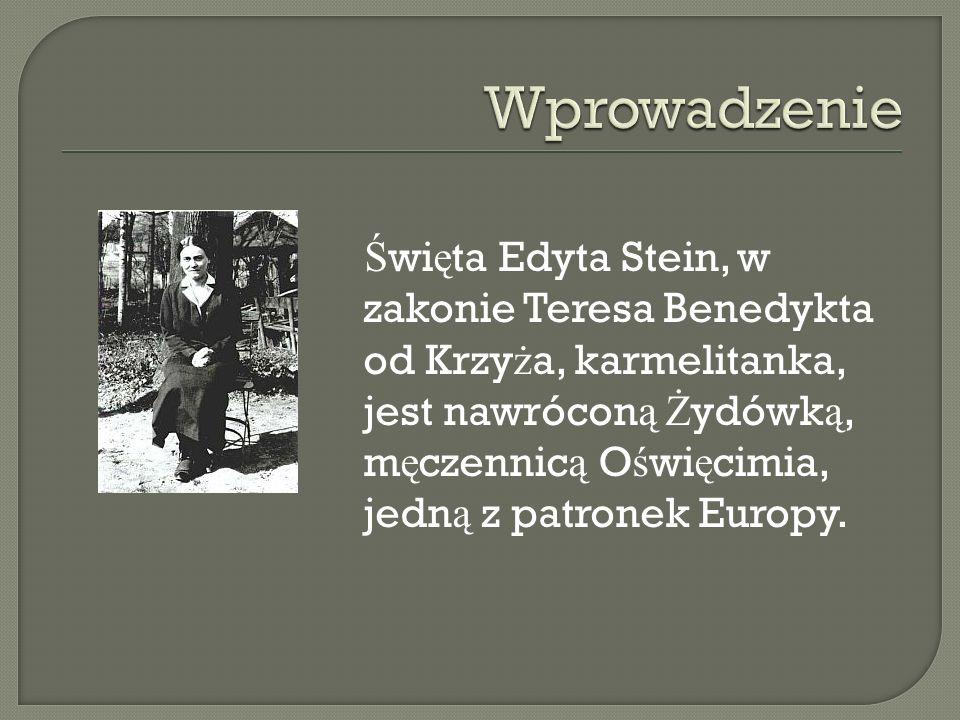 Urodzi ł a si ę w ko ń cu XIX we Wroc ł awiu, nale żą cym wówczas do Niemiec.