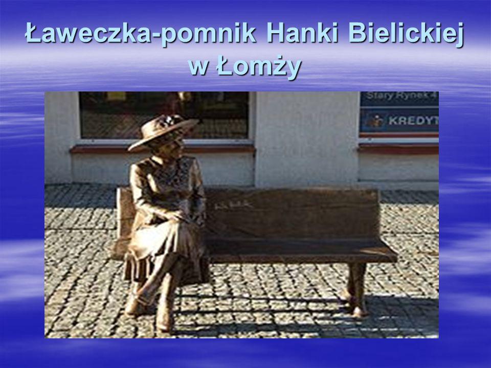 Nagrobek Hanki Bielickiej na Cmentarzu Powązkowskim w Warszawie Nagrobek Hanki Bielickiej na Cmentarzu Powązkowskim w Warszawie Zmarła 9 marca 2006 r.