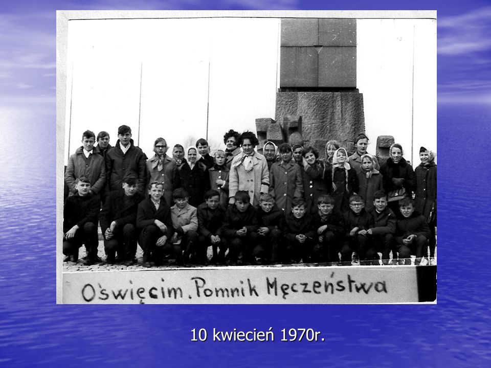 Rok szkolny 1982/83 Wyjazd na obchody Święta Ludowego do Stronia