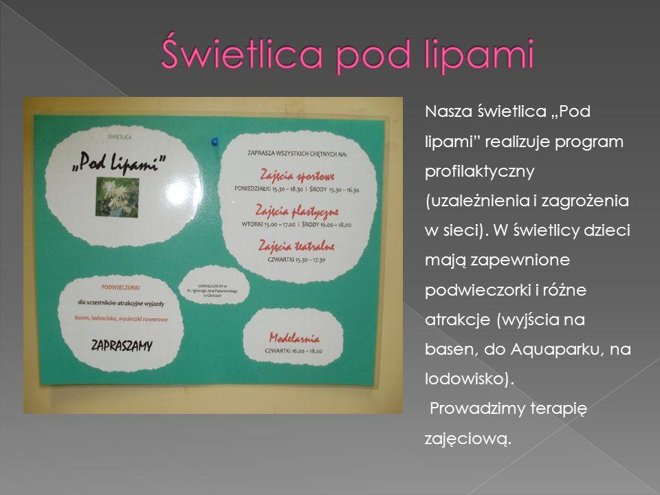 Nasza świetlica Pod lipami realizuje program profilaktyczny (uzależnienia i zagrożenia w sieci). W świetlicy dzieci mają zapewnione podwieczorki i róż