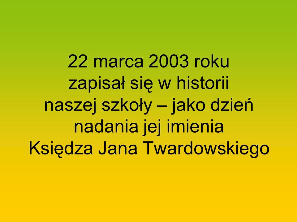 Twórczość księdza Jana Twardowskiego jest popularna na całym świecie, jego dzieła przetłumaczono aż na 17 języków.