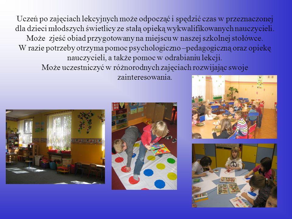 Uczeń po zajęciach lekcyjnych może odpocząć i spędzić czas w przeznaczonej dla dzieci młodszych świetlicy ze stałą opieką wykwalifikowanych nauczyciel