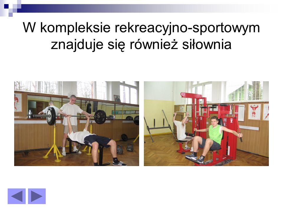 Do dyspozycji uczniów posiadamy dwie sale gimnastyczne