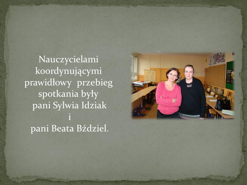Nauczycielami koordynującymi prawidłowy przebieg spotkania były pani Sylwia Idziak i pani Beata Bździel.