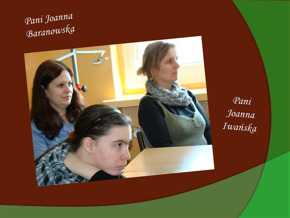Spotkanie prowadziły : Klaudia Dziewońska i Adrianna Majchrzycka z klasy IIIa.