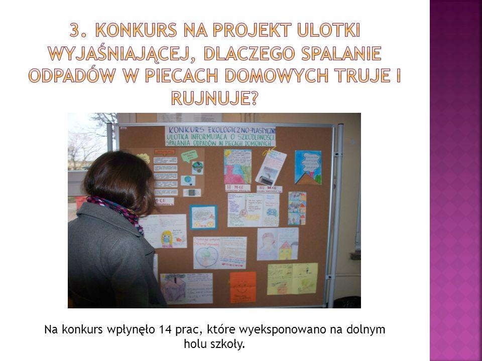 Na konkurs wpłynęło 14 prac, które wyeksponowano na dolnym holu szkoły.