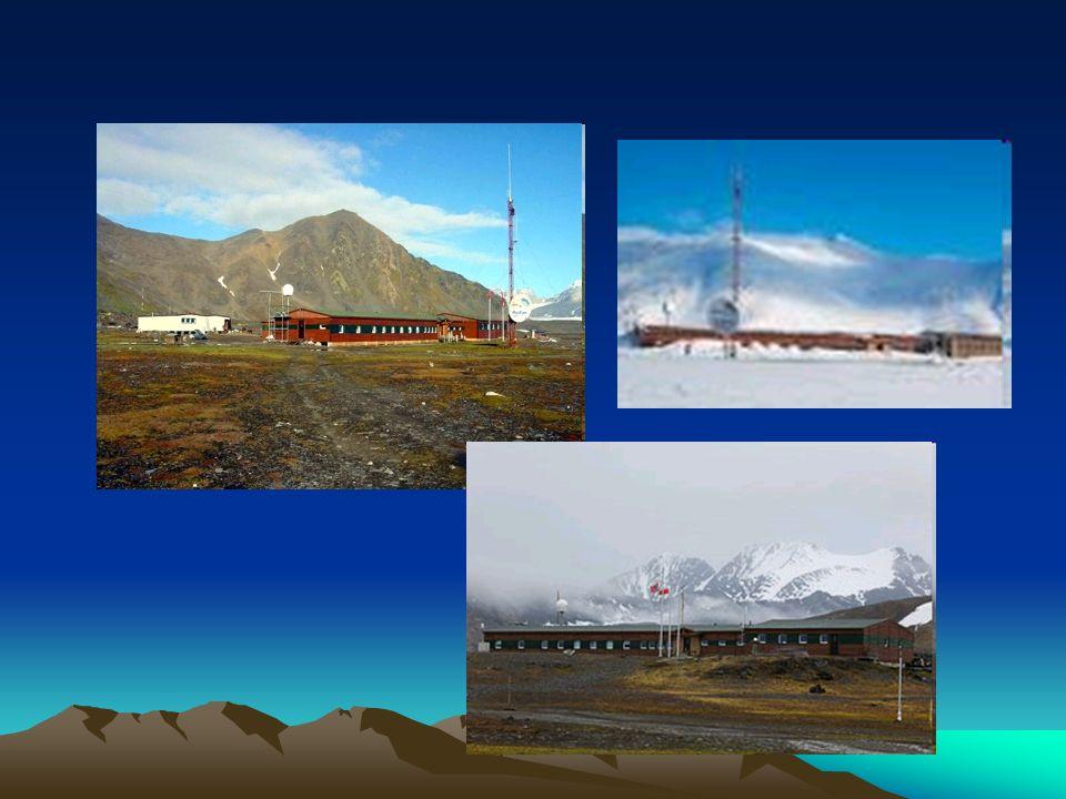 Lodowiec Lodowiec jest wolno płynącą rzeką lodu, powstałego z przekształcenia pokładów wiecznego śniegu.