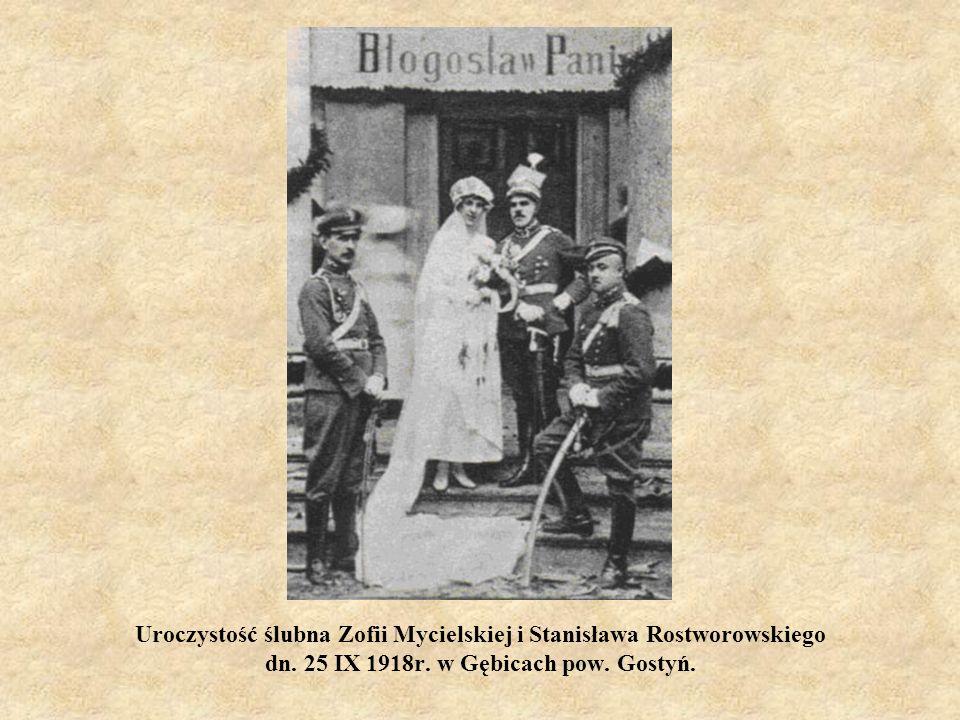 Uroczystość ślubna Zofii Mycielskiej i Stanisława Rostworowskiego dn. 25 IX 1918r. w Gębicach pow. Gostyń.