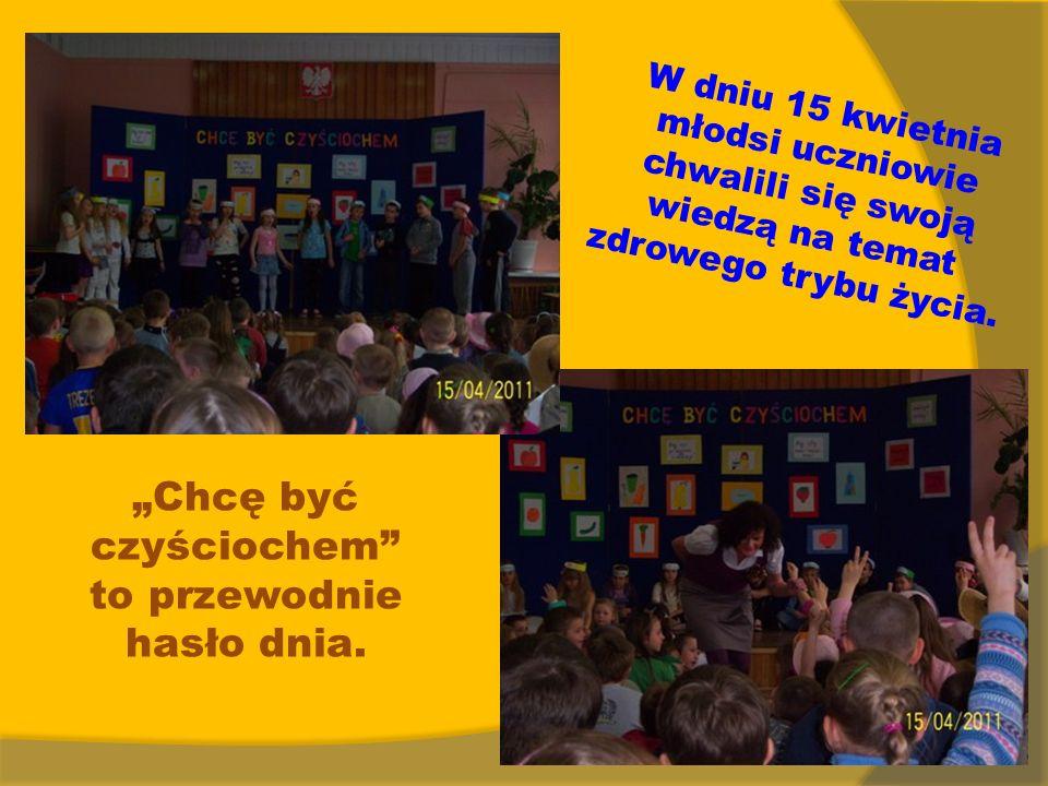 W dniu 15 kwietnia młodsi uczniowie chwalili się swoją wiedzą na temat zdrowego trybu życia.