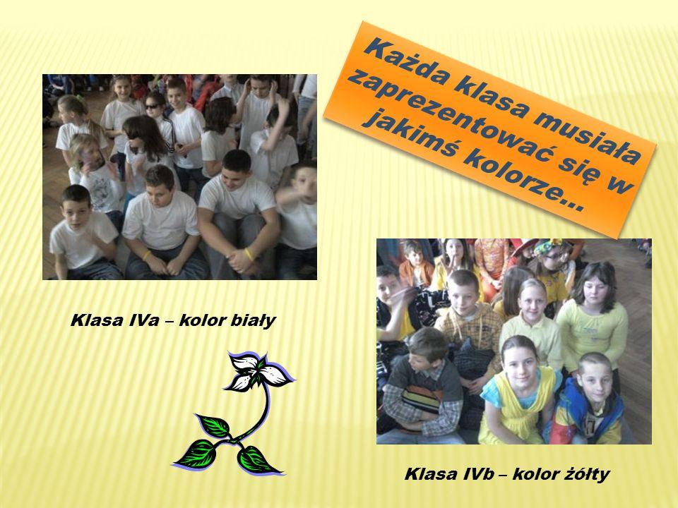 Każda klasa musiała zaprezentować się w jakimś kolorze… Klasa IVa – kolor biały Klasa IVb – kolor żółty