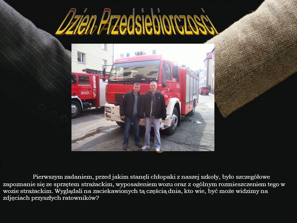 Po małym odpoczynku na świetlicy strażackiej, odbyty został pokaz slajdów sprzętu ratownictwa technicznego przez firmę Holmatro.