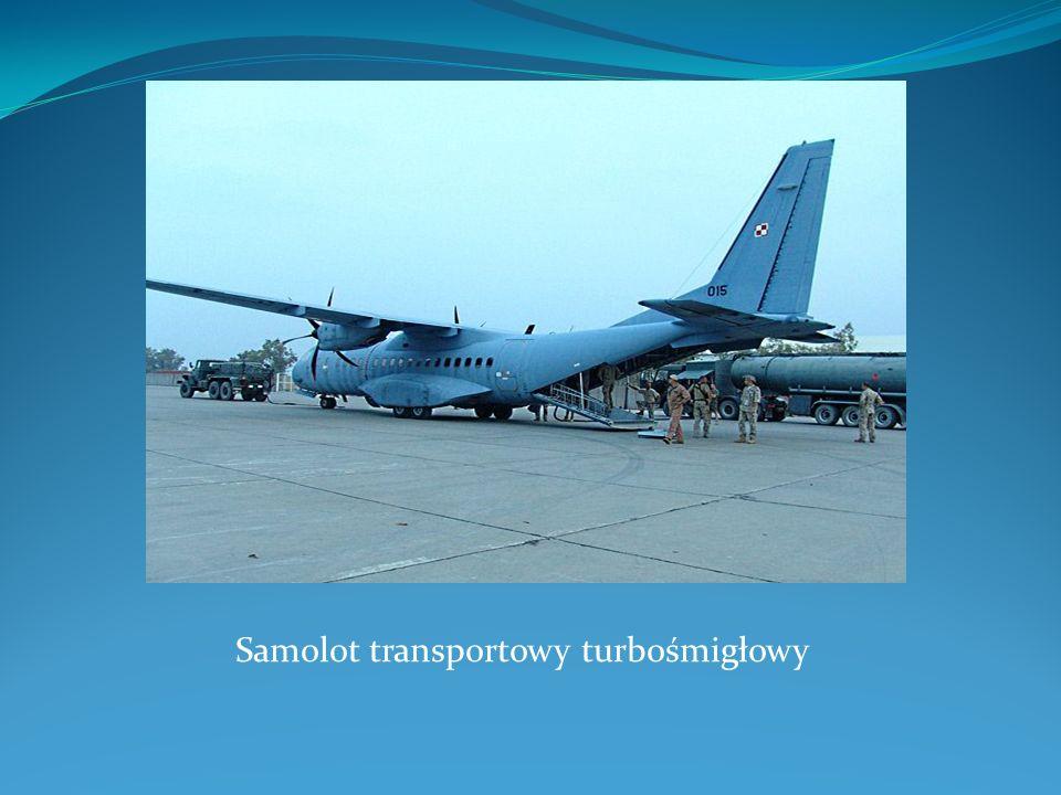 Samolot transportowy turbośmigłowy