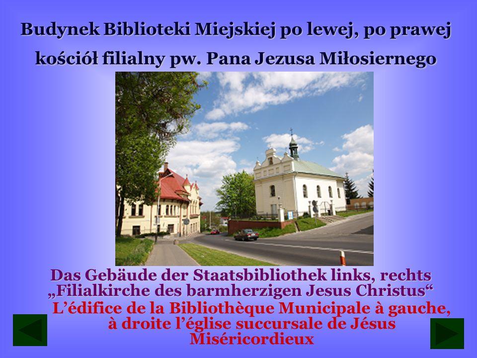 Rynek i rondo w Leżajsku Der Marktplatz und Straßenkreuzung mit Kreisverkehr in Leżajsk Le marché et le rond-point à Leżajsk