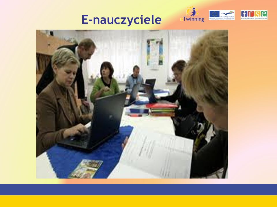 E-nauczyciele
