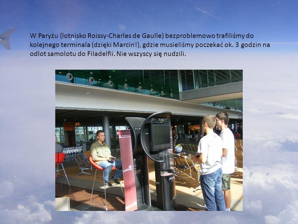 W Paryżu (lotnisko Roissy-Charles de Gaulle) bezproblemowo trafiliśmy do kolejnego terminala (dzięki Marcin!), gdzie musieliśmy poczekać ok. 3 godzin