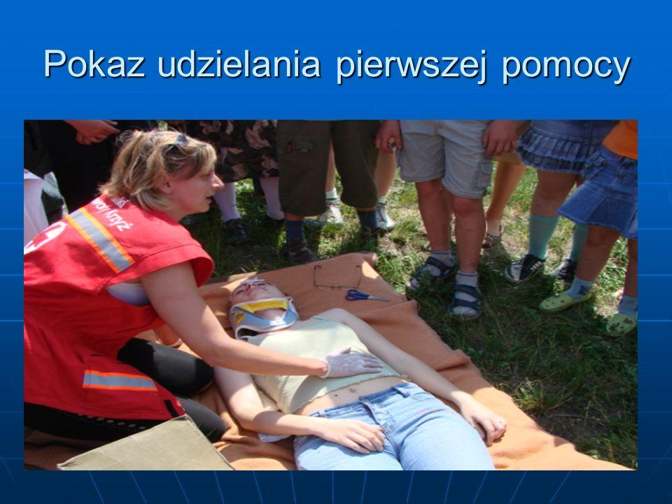 Pokaz udzielania pierwszej pomocy