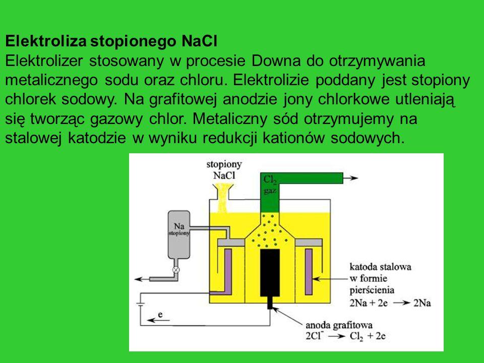 Elektroliza stopionego NaCl Elektrolizer stosowany w procesie Downa do otrzymywania metalicznego sodu oraz chloru. Elektrolizie poddany jest stopiony