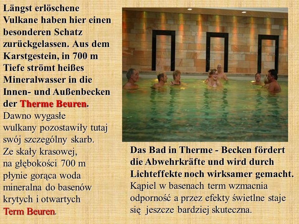 Das Bad in Therme - Becken fördert die Abwehrkräfte und wird durch Lichteffekte noch wirksamer gemacht. Kąpiel w basenach term wzmacnia odporność a pr