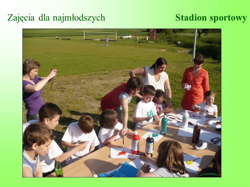Zajęcia dla najmłodszychStadion sportowy