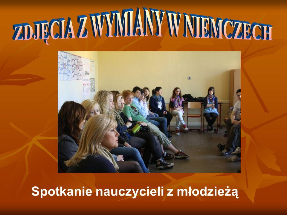 Spotkanie nauczycieli z młodzieżą