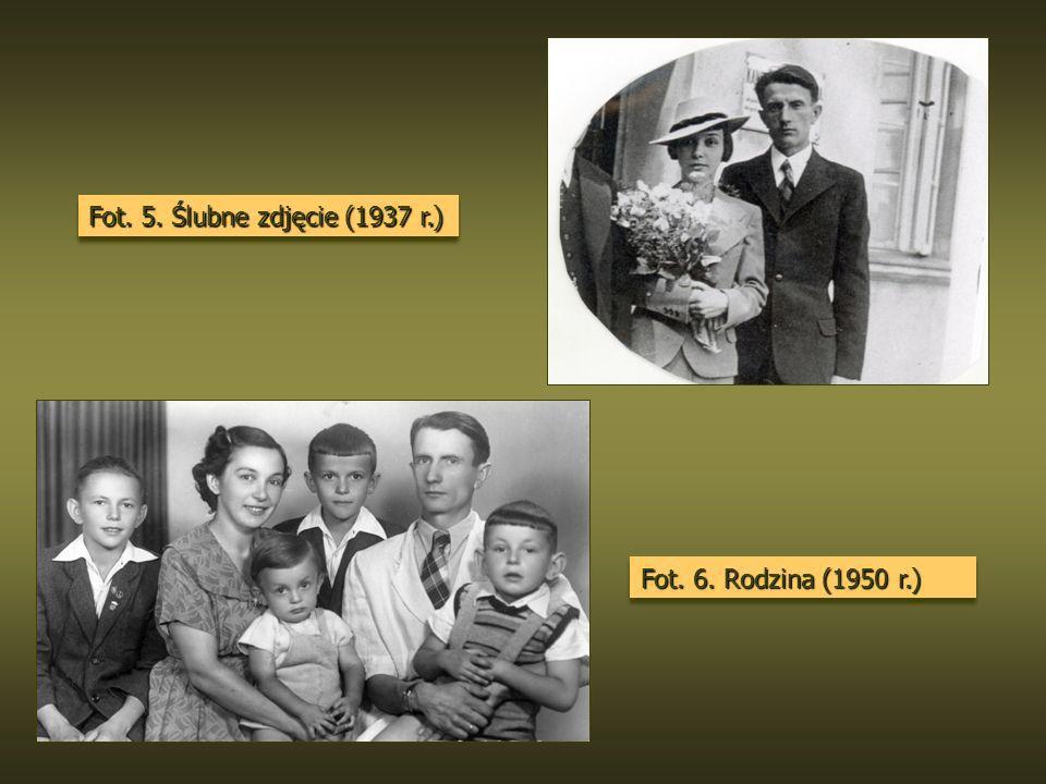 Fot. 5. Ślubne zdjęcie (1937 r.) Fot. 6. Rodzina (1950 r.)