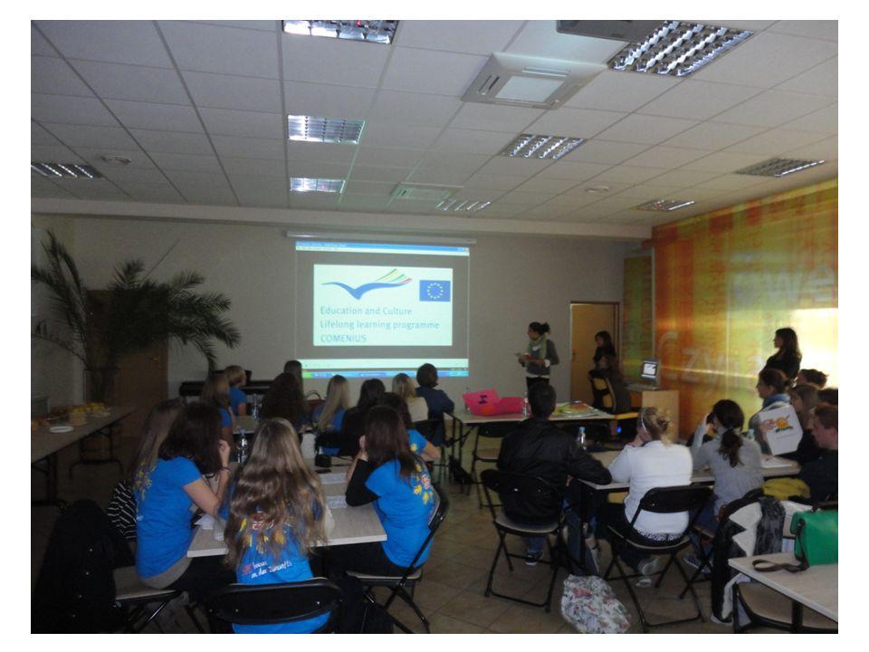 Podsumowanie Comeniusa Od 10 października tego roku wzięliśmy udział w projekcie Comenius by rozpowszechniać użytkowanie energii odnawialnej oraz poszerzać naszą wiedzę w tej dziedzinie.
