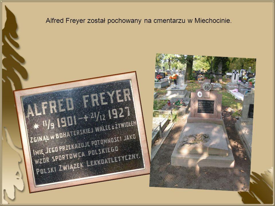 Alfred Freyer został pochowany na cmentarzu w Miechocinie.