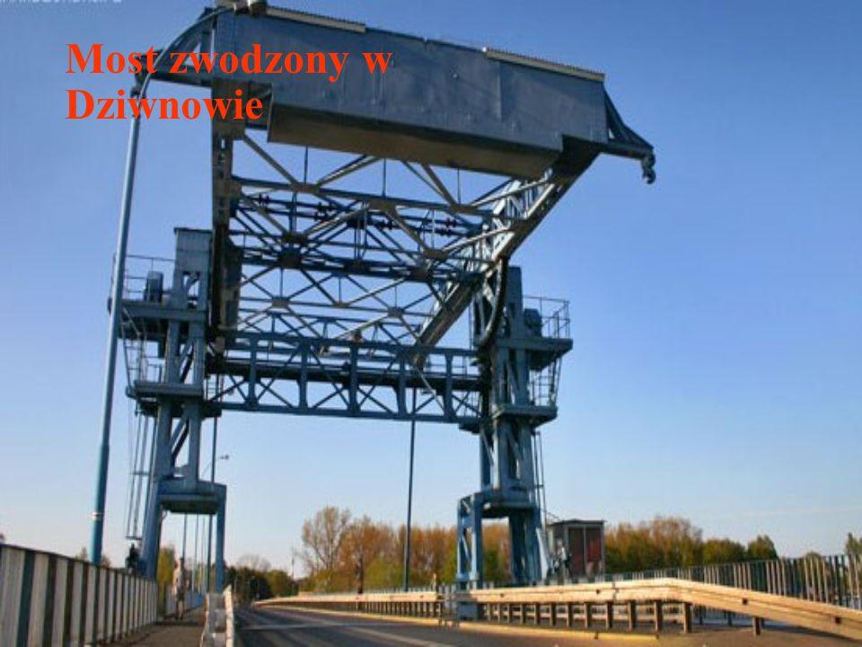 Most zwodzony w Dziwnowie