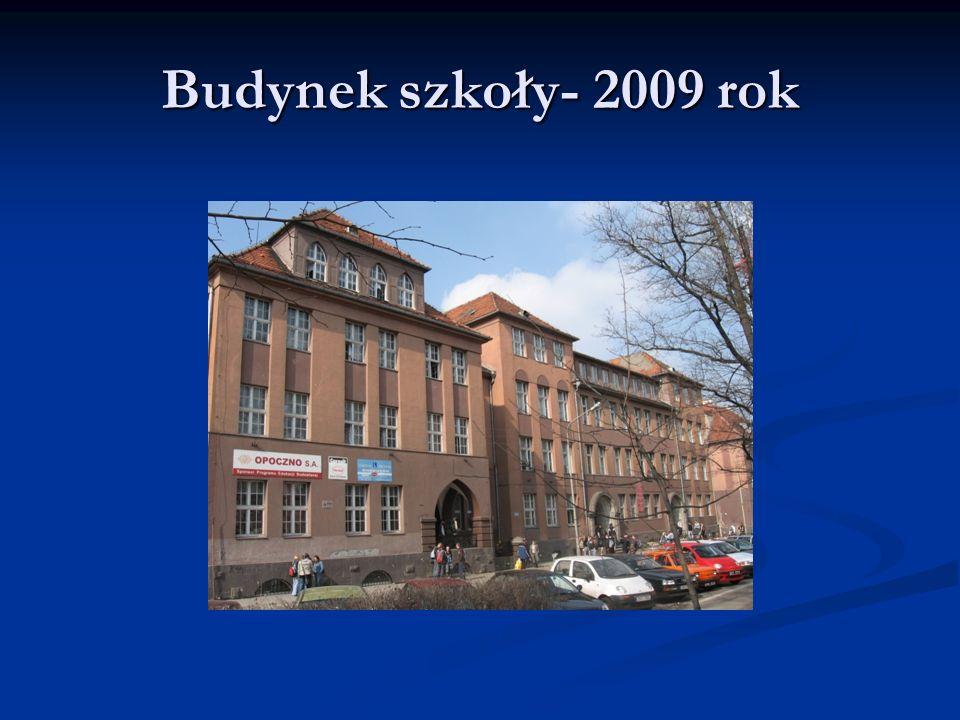 Budynek szkoły- 2009 rok