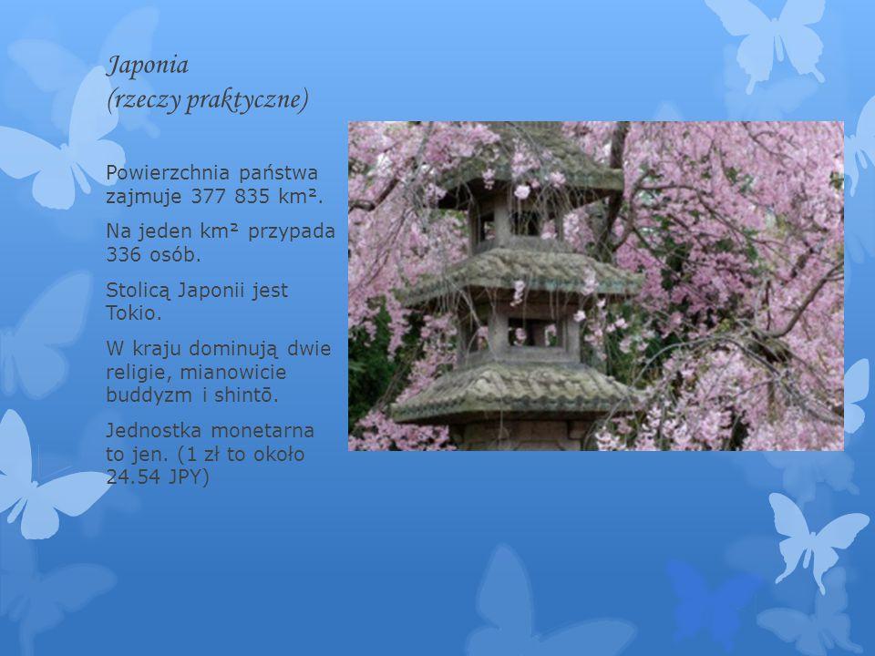 Japonia (rzeczy praktyczne) Powierzchnia państwa zajmuje 377 835 km². Na jeden km² przypada 336 osób. Stolicą Japonii jest Tokio. W kraju dominują dwi