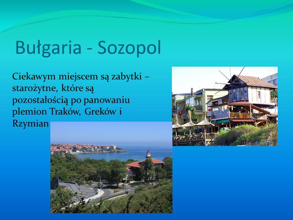 Bułgaria - Sozopol Stare Miasto Sozopolu znajduje się przy skalistym półwyspie.
