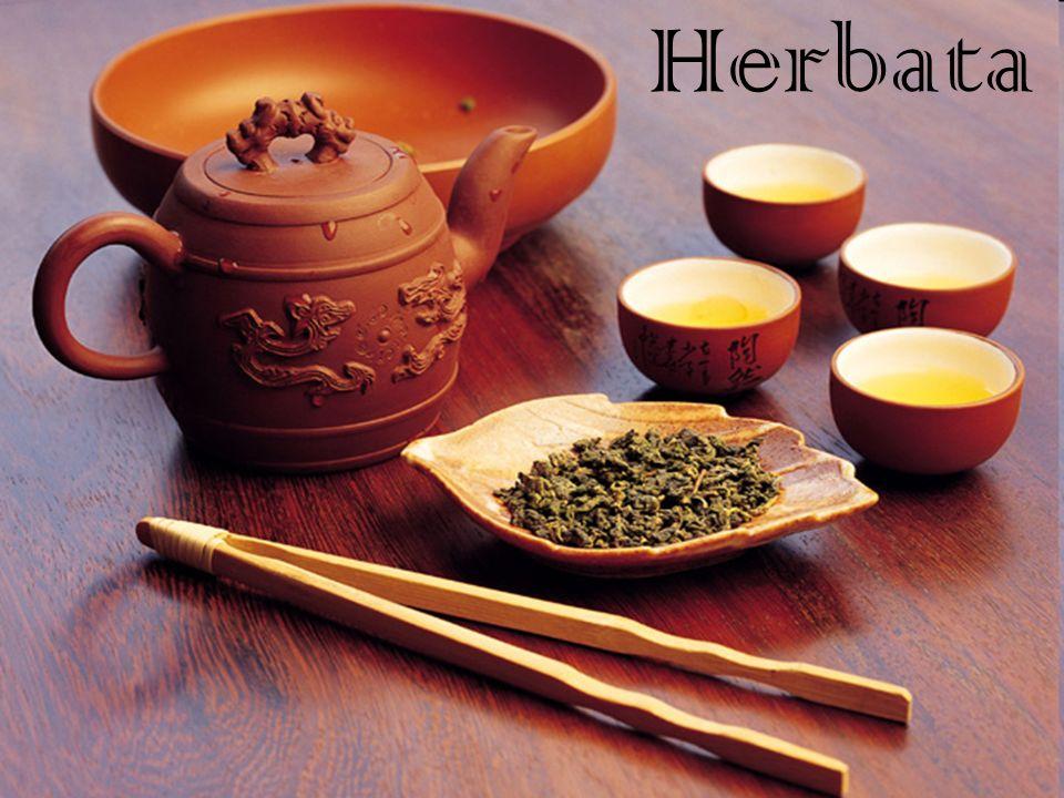 Napar przyrządzany z liści i pąków grupy roślin należących do rodzaju kamelia.