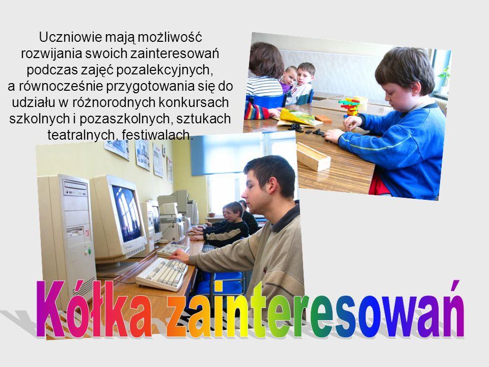 Uczniowie mają możliwość rozwijania swoich zainteresowań podczas zajęć pozalekcyjnych, a równocześnie przygotowania się do udziału w różnorodnych konk