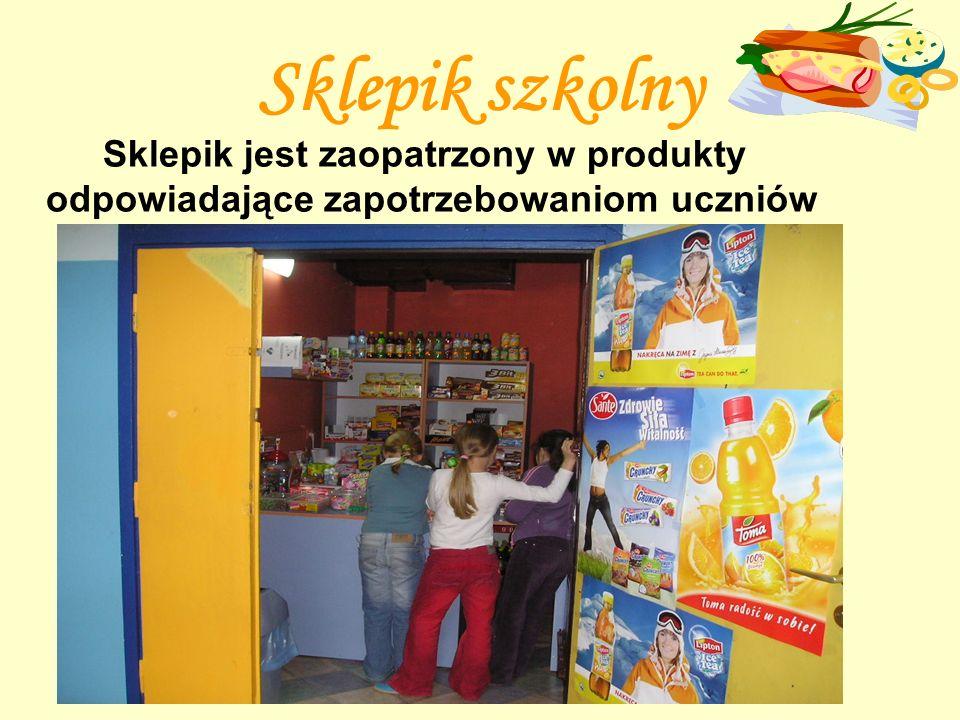 Sklepik szkolny Sklepik jest zaopatrzony w produkty odpowiadające zapotrzebowaniom uczniów
