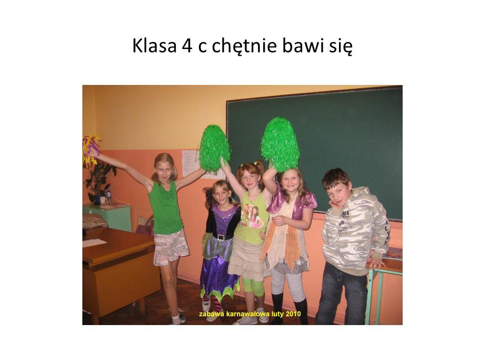 Klasa 4 c chętnie bawi się