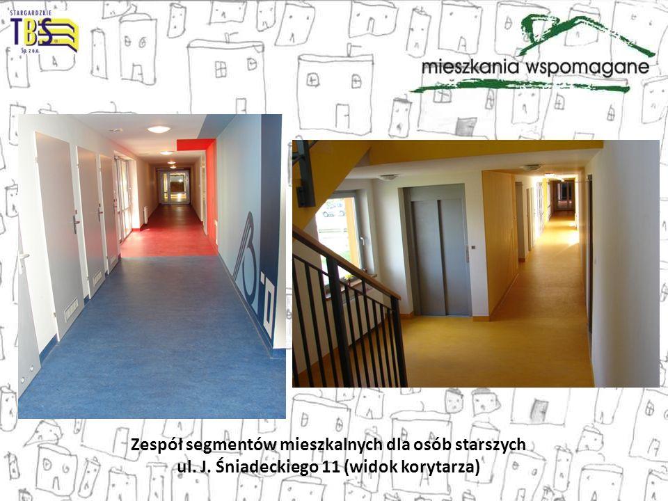 Zespół segmentów mieszkalnych dla osób starszych ul. J. Śniadeckiego 11 (widok korytarza)