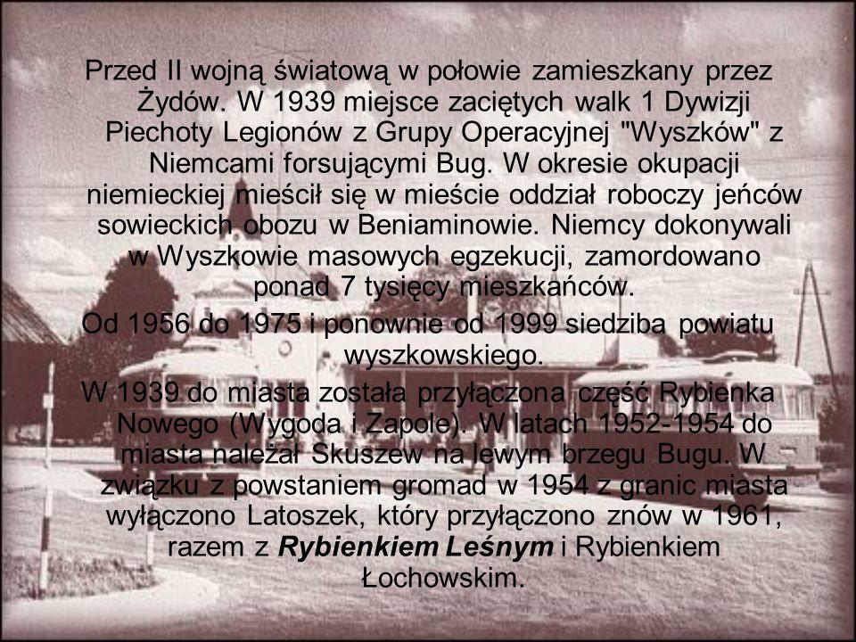 Przed II wojną światową w połowie zamieszkany przez Żydów. W 1939 miejsce zaciętych walk 1 Dywizji Piechoty Legionów z Grupy Operacyjnej