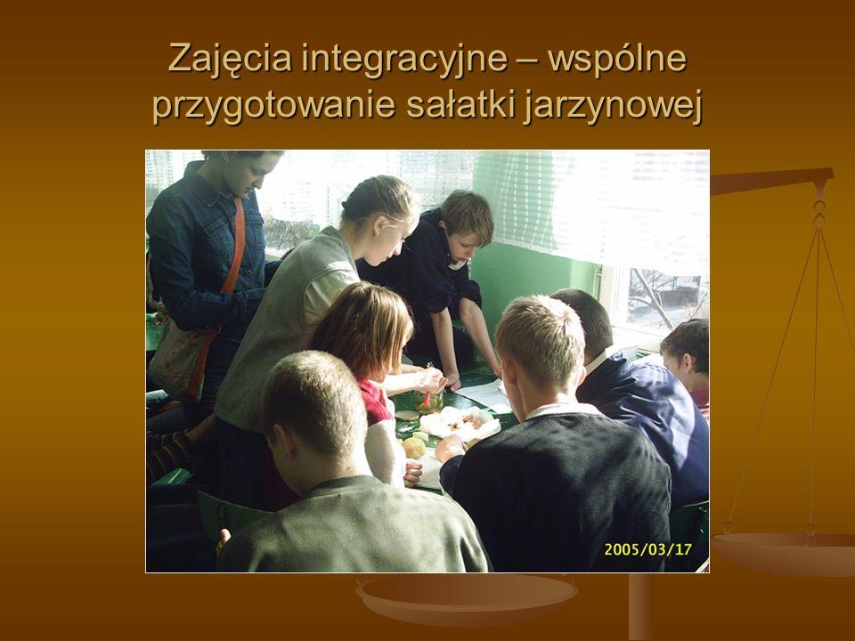 Zajęcia integracyjne – wspólne przygotowanie sałatki jarzynowej