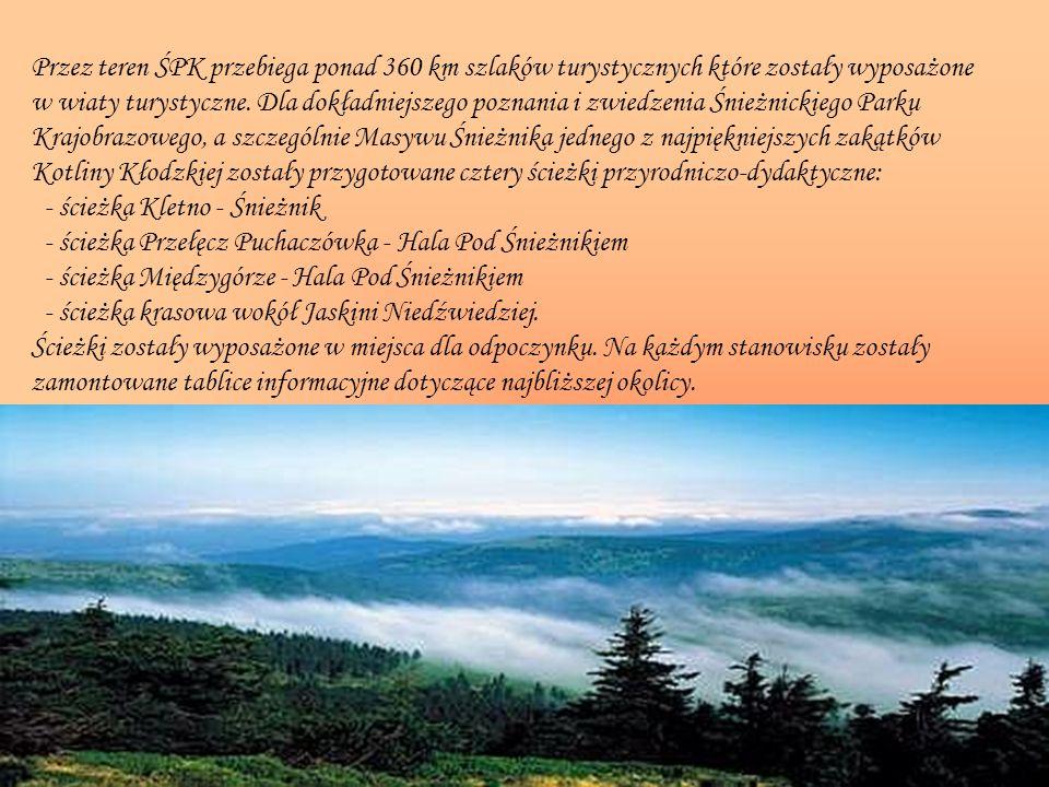 Przez teren ŚPK przebiega ponad 360 km szlaków turystycznych które zostały wyposażone w wiaty turystyczne. Dla dokładniejszego poznania i zwiedzenia Ś